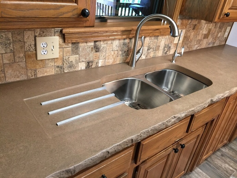 Integrated Kitchen Sink : Integrated kitchen sink with drainer - Concrete Creations NWA